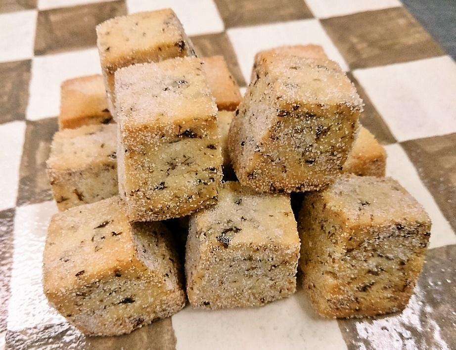 須磨海苔米粉クッキーとフィナンシェ