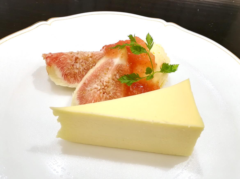 神戸市産 フレッシュいちじくのチーズケーキ